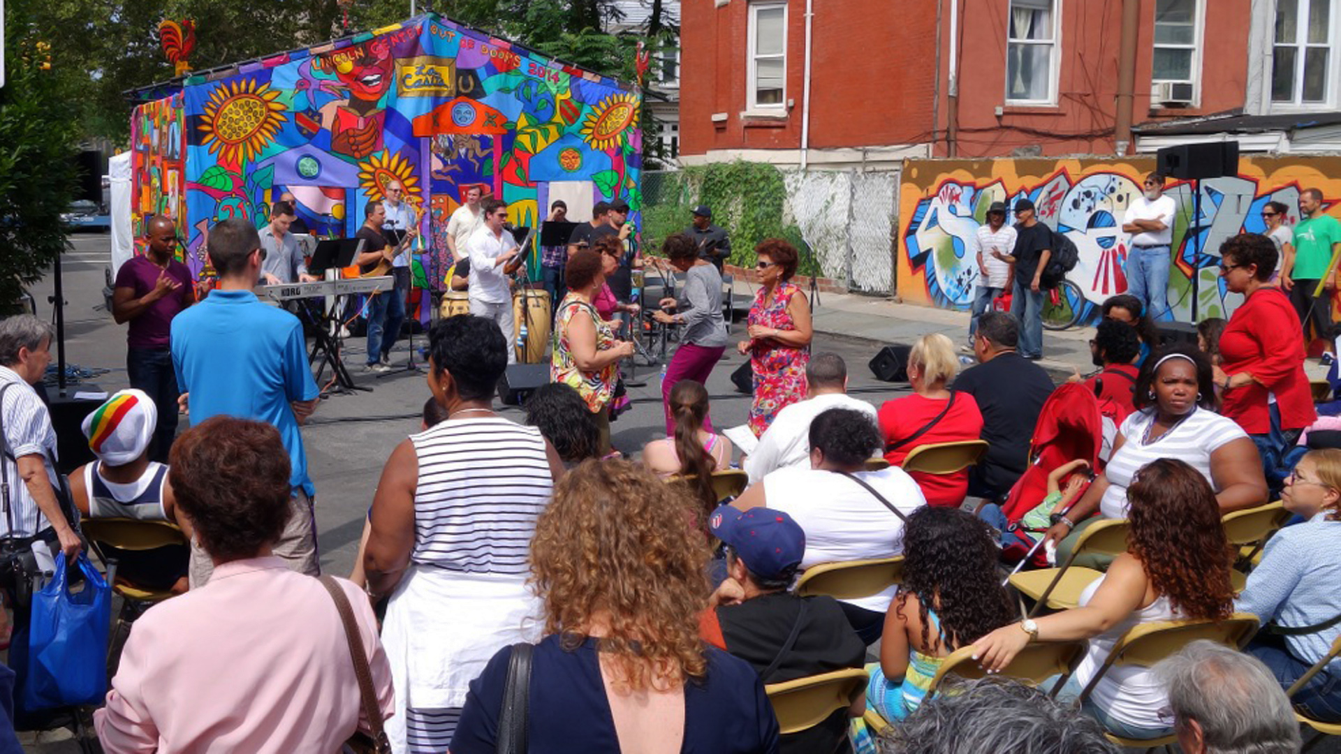Las Casita: Outdoor concert and arts program at Teatro Pregones in the Bronx
